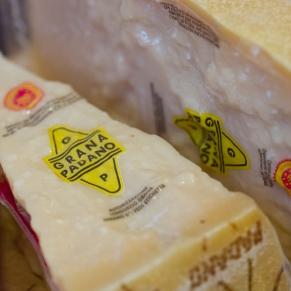 Welch' edle Stücken Käse. Grana Padano - einfach toll!